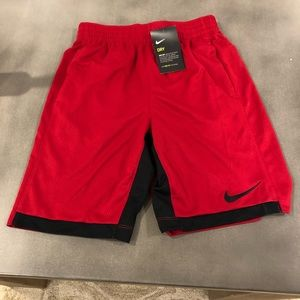 Nike Training Shorts Boys, Large - New with tags
